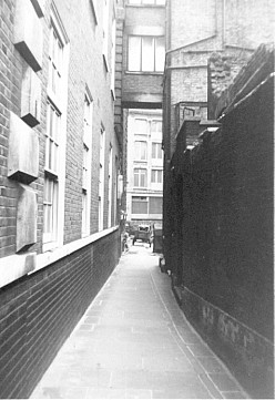 Church Passage, leading into Mitre Square